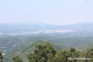 月出山岳一番坊展望台から見た日田市街地25.8.20
