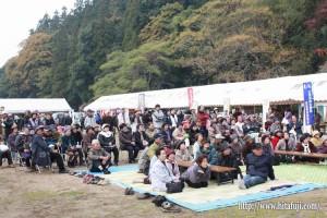 東有田ふるさとまつり25.11.17 多くの地区民来訪①