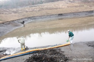 調整池の汚濁水25.1