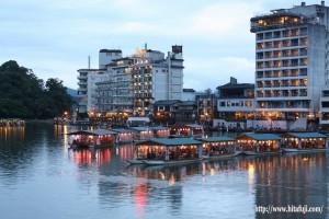三隈川と屋形船26.5.25